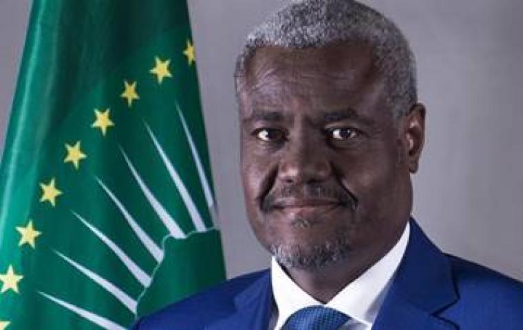 Message de S.E. Moussa Faki Mahamat Président de la Commission de l'Union africaine à l'occasion de la célébration de la Journée de l'Afrique